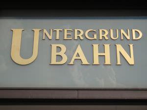 Berlin vintage Untergrund Bahn sign