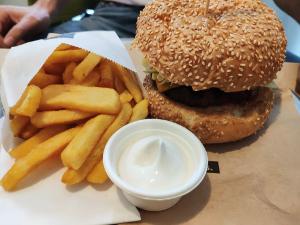 Burger Schiller Burger